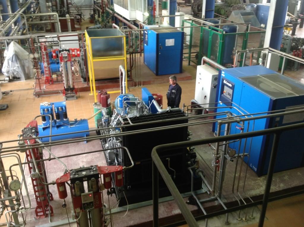 Установка компрессоров в машинных залах
