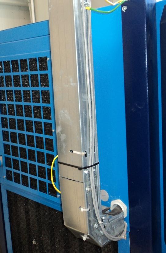 Ввод силового кабеля в компрессор